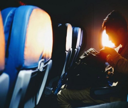Muslim Travel Etiquette: How to Pray on a Plane